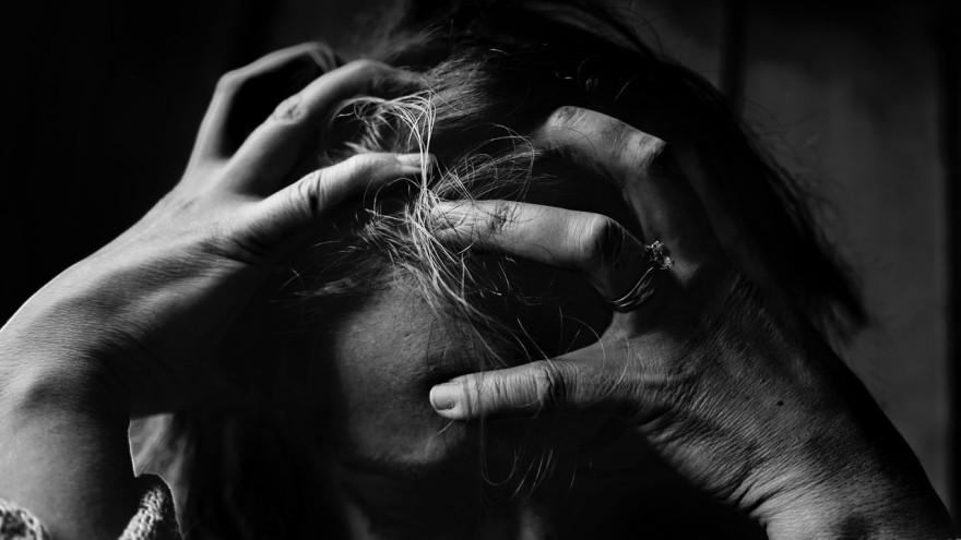 Идеальные люди: психологи объяснили, почему опасно говорить о себе плохо