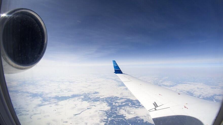 В Новосибирске с поврежденным закрылком сел самолёт из Нового Уренгоя