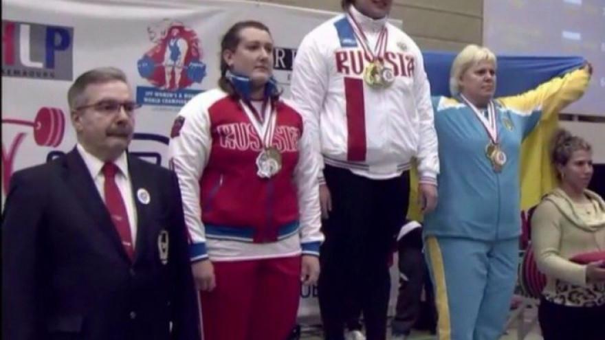 Ямальская спортсменка стала чемпионкой мира по пауэрлифтингу