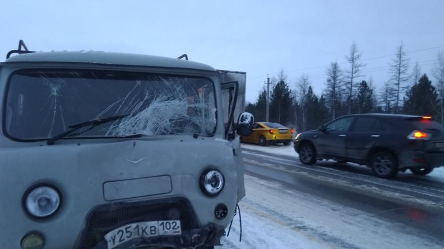 Большая пробка из-за аварии образовалась на трассе Новый Уренгой - Коротчаево