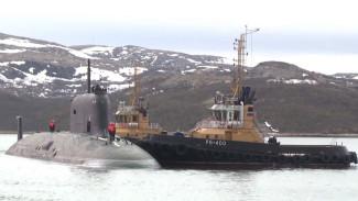 Встретили с оркестром и караваем: В Западную Лицу прибыл подводный крейсер «Казань»