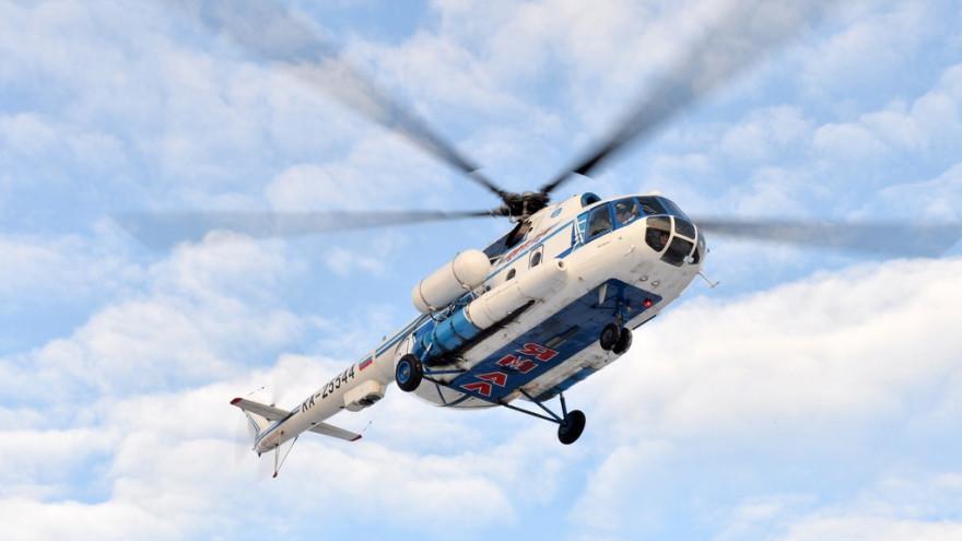 Из-за непогоды в Салехарде не смог вылететь вертолет