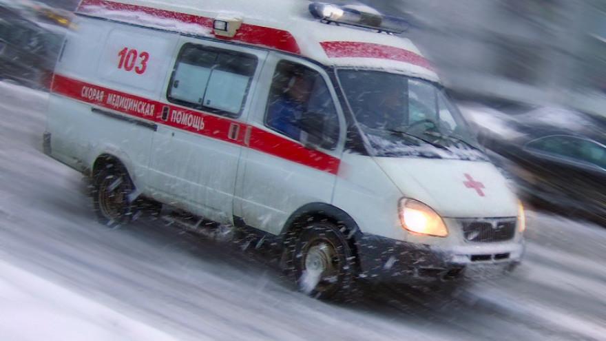 На Ямале женщина выпала из окна многоэтажки