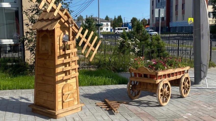 В ЯНАО арт-объект и детская площадка пострадали от проделок вандалов