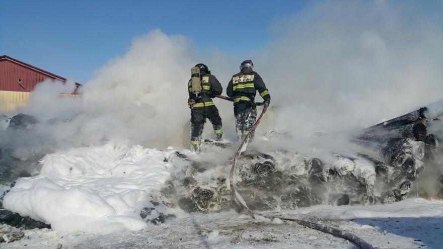 В Ноябрьске произошел серьезный пожар на промзоне
