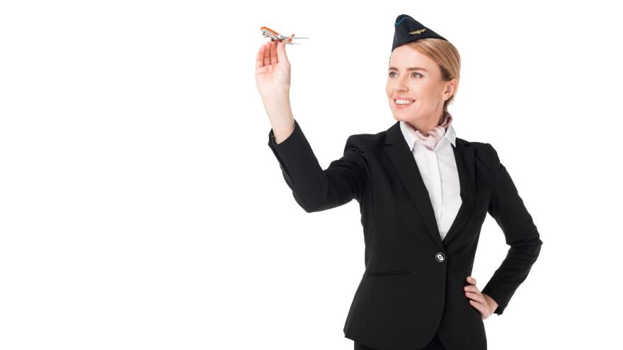 Как сохранить молодость: 10 гениальных секретов красоты от стюардесс