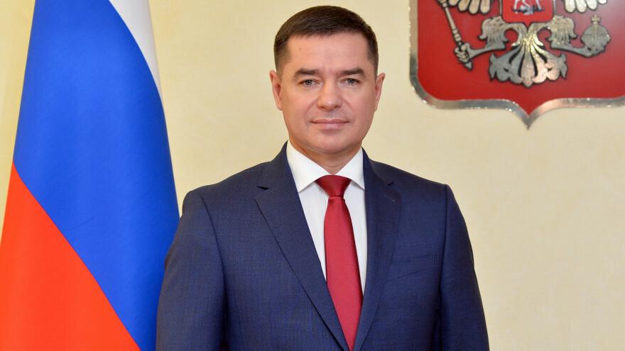 Александр Ямохин поздравил работников и ветеранов следственных органов Ямала с Днём образования СК РФ