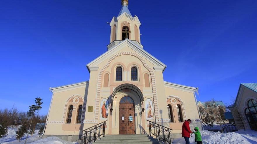 Православные Ямала смогут посмотреть Пасхальное богослужение онлайн