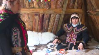 В Дудинском этнокомплексе возвели болтысах: как выглядит древнее жилище долган