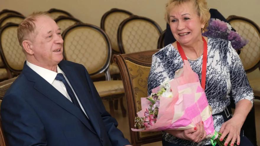 50 тысяч рублей на золотую свадьбу: ямальская семья получила ценный подарок от губернатора