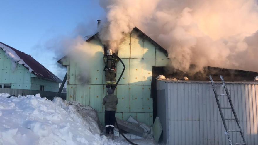 Возгорание ликвидировано: в МЧС сообщили подробности пожара в Новом Уренгое