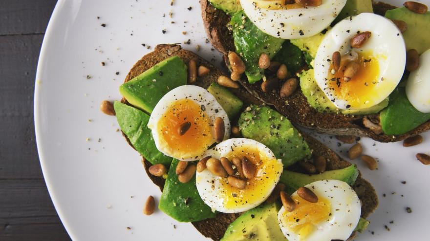 Сбалансированное начало дня: готовим полезные завтраки