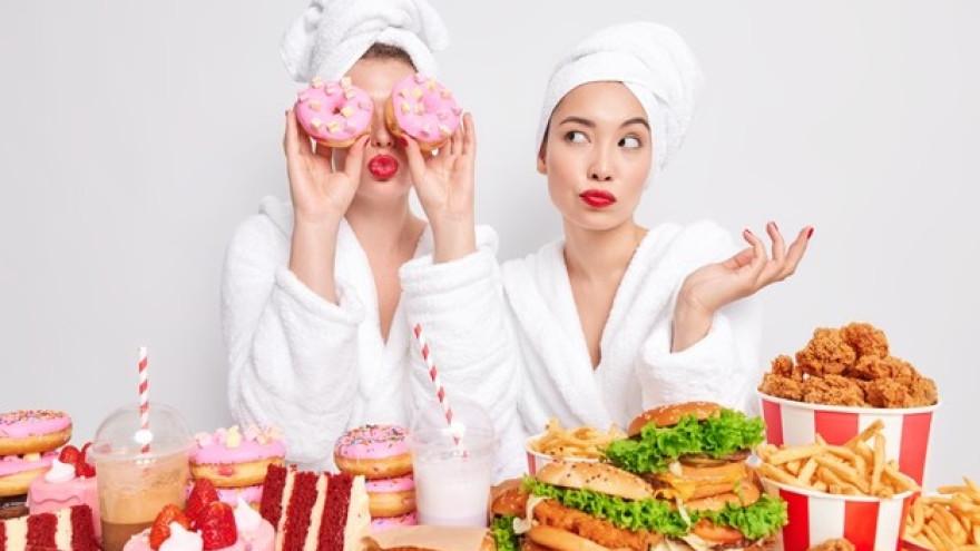 Повышенный холестерин: 4 продукта, которых следует избегать
