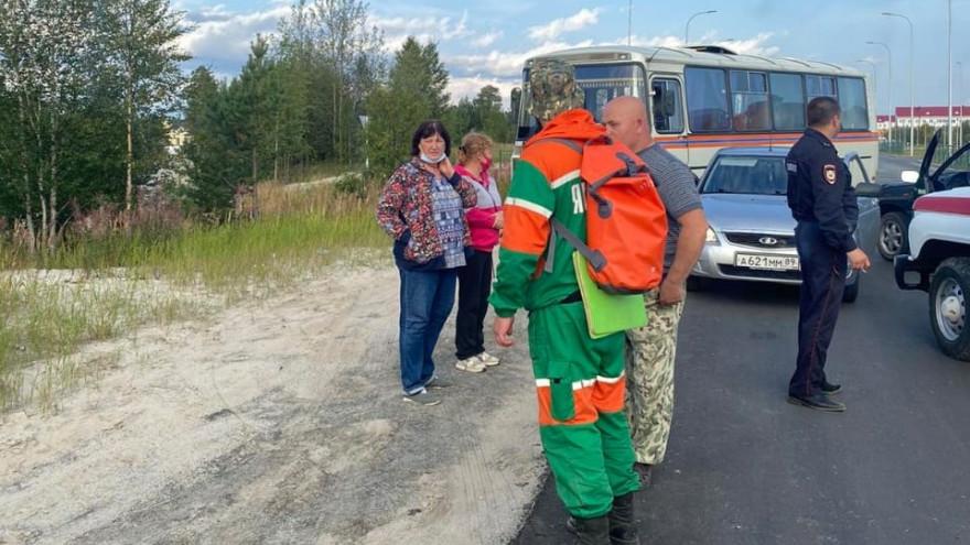 Заблудились в лесу: на Ямале спасатели искали очередных грибников