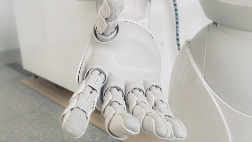 На Ямале одним из воспитателей в детском саду станет робот