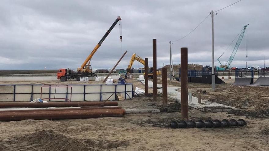 В Новом Порту началось строительство крытого хоккейного корта