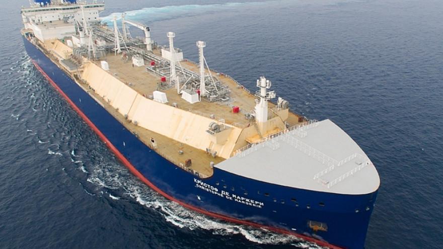 Впервые газовоз «Кристоф де Маржери» дошел до Китая по Севморпути раньше срока