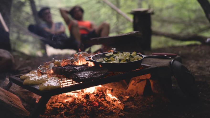 Пикник на майские праздники: простые и вкусные рецепты