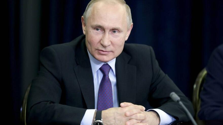 Владимир Путин сделал прививку от COVID-19
