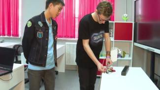 Подростки из Дудинки придумали, как сделать розетку безопасной