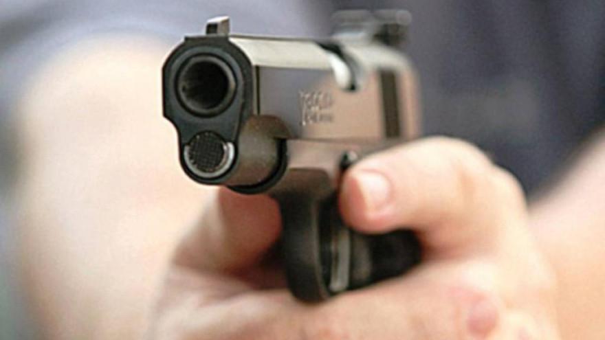 Два выстрела в голову и один в живот: житель посёлка Тазовский обвиняется в убийстве родственницы