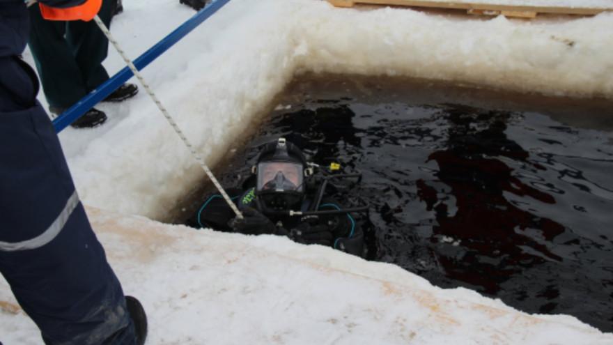Ямалспасовцы оттачивали навыки водолазных работ и тренировались в ликвидации разливов нефти
