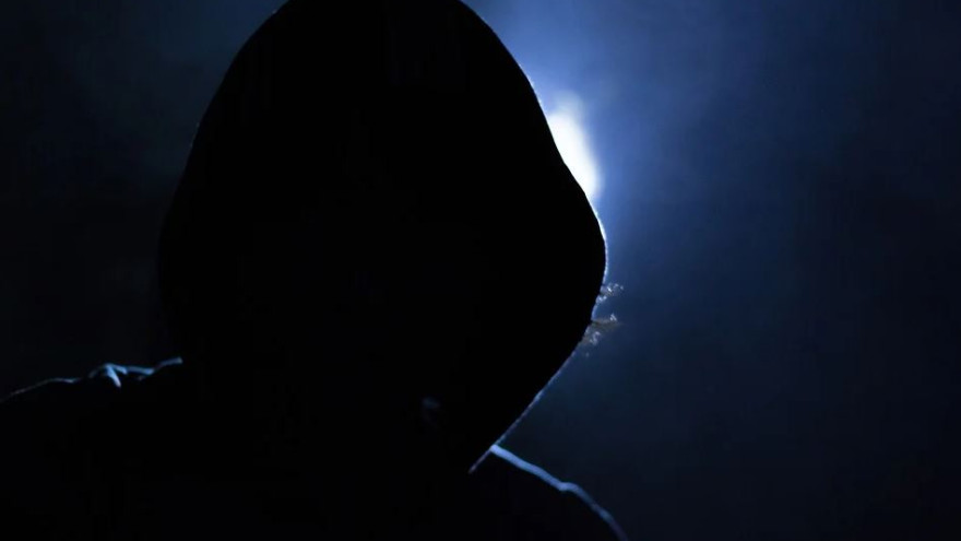 В Новом Уренгое скрывался мужчина, обвиняемый по двум статьям