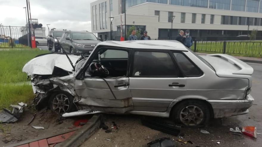 Жуткая авария в Новом Уренгое. Пострадал пенсионер