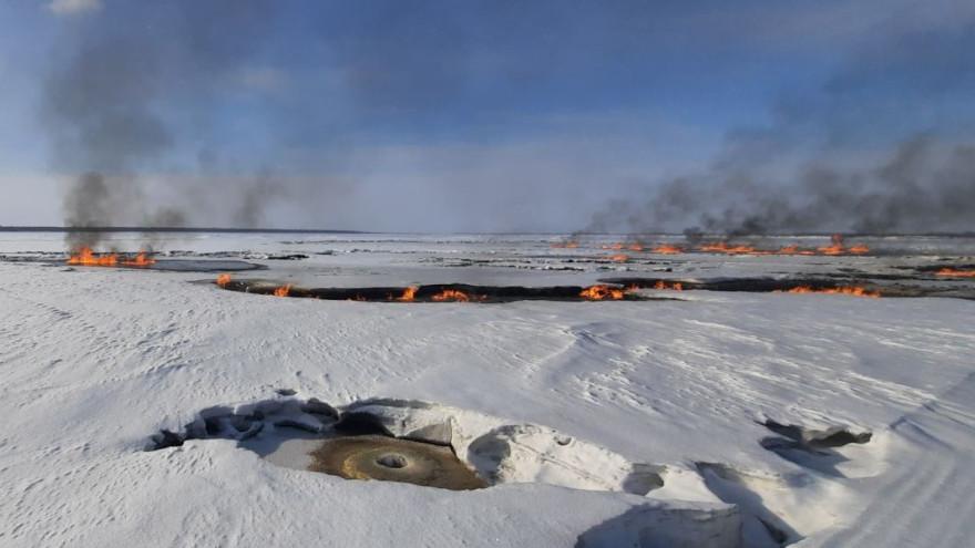 Штраф сто тысяч и возмещение вреда: газодобывающее предприятие понесет наказание за пожар в акватории Оби