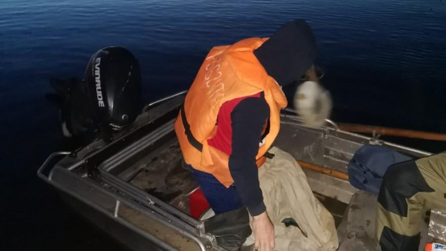 На Ямале речным контролерам попался мужчина за незаконной рыбалкой