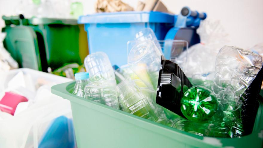 Пластик отдельно. В Салехарде набирает популярность раздельный сбор мусора