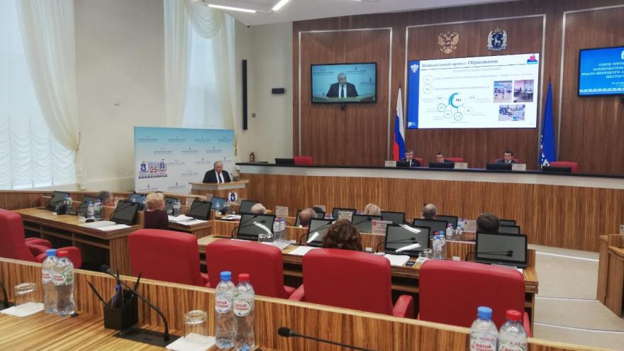 Транспортную доступность и жилищный вопрос обсудили депутаты Заксобрания ЯНАО