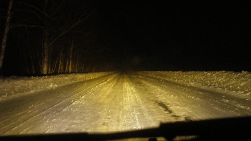 Спасибо, парни! Ямальские автоинспекторы спасли семью на трассе Сургут — Салехард