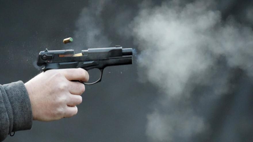 В Ноябрьске неизвестный открыл стрельбу, есть раненый
