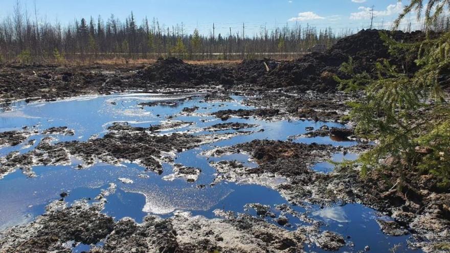 На месторождении в ЯНАО произошёл разлив нефти
