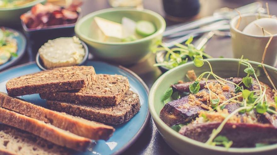 Интуитивное питание: в чем его суть и помогает ли оно похудеть