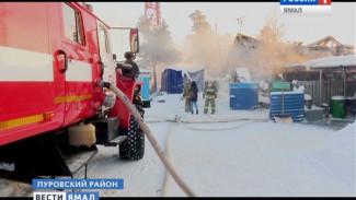 В Коротчаево при пожаре в жилом вагончике нашли труп мужчины