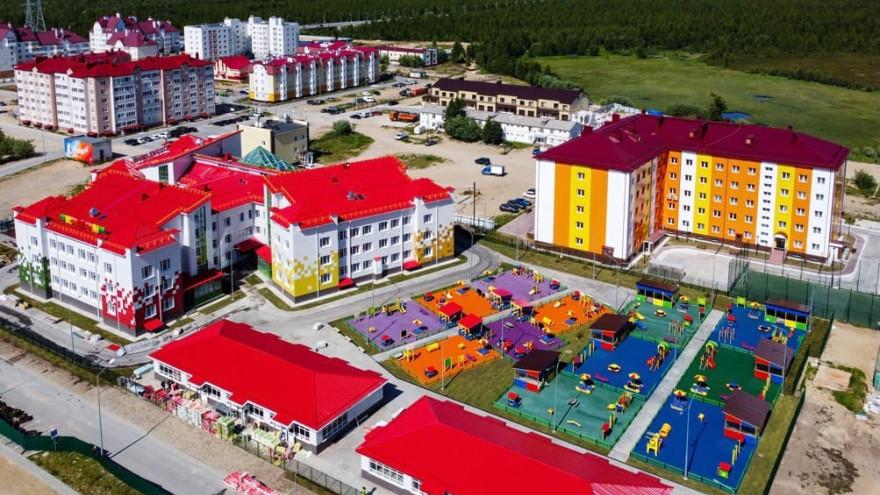 В Новом Уренгое завершили строительство сразу 3 детских садов
