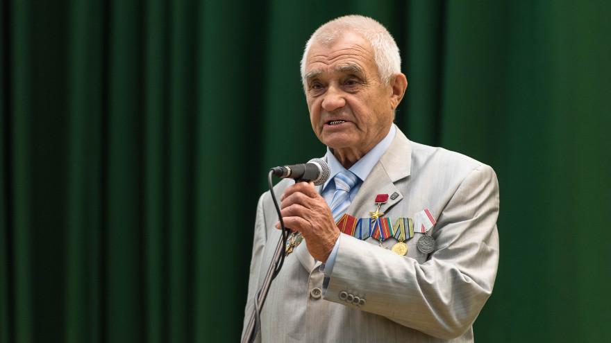 Почетному гражданину Нового Уренгоя Виктору Молозину – 85 лет