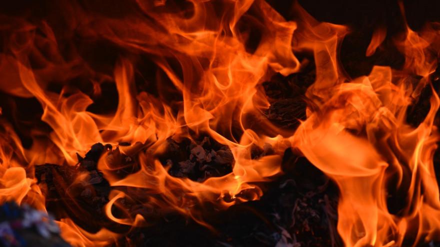 23 мая в ЯНАО горел двухэтажный жилой дом