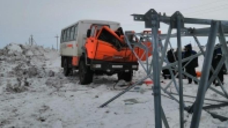 Трагедия на ямальском месторождении: рабочего убило металлической конструкцией