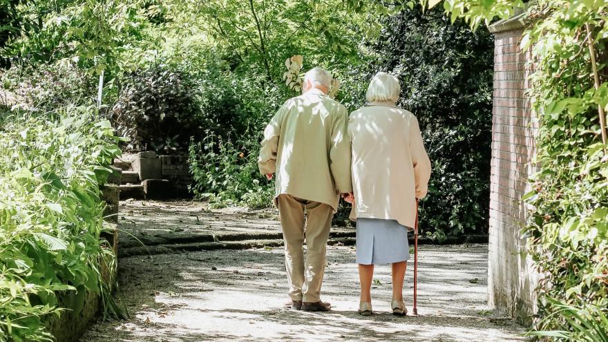 День пожилых людей: к празднику пенсионеры в ЯНАО получат соцвыплату