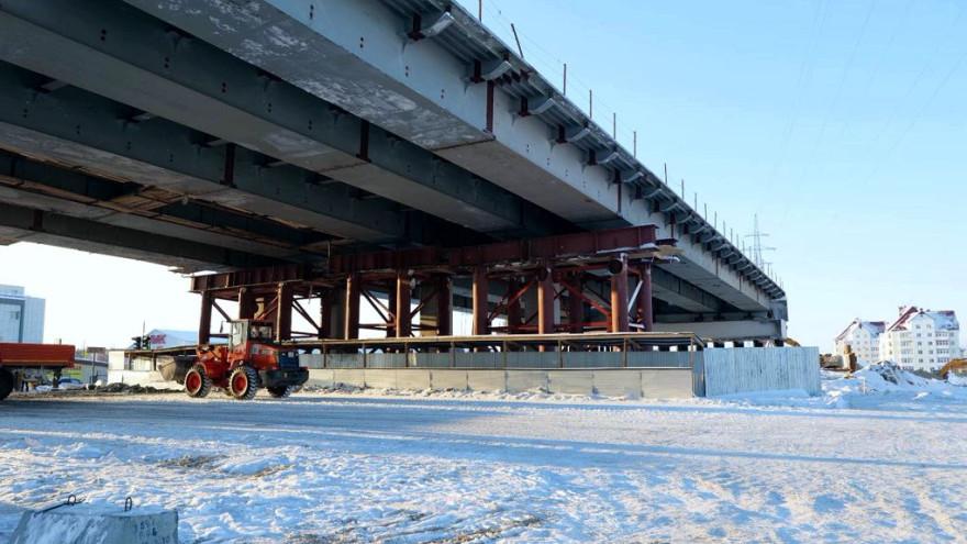 Многоуровневая транспортная развязка в Новом Уренгое готова больше чем наполовину