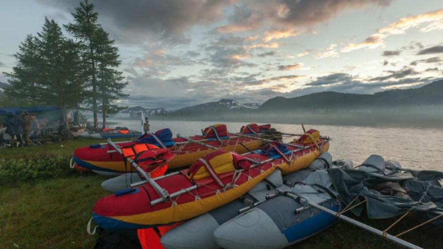 На Ямале разрешили проведение туристических походов