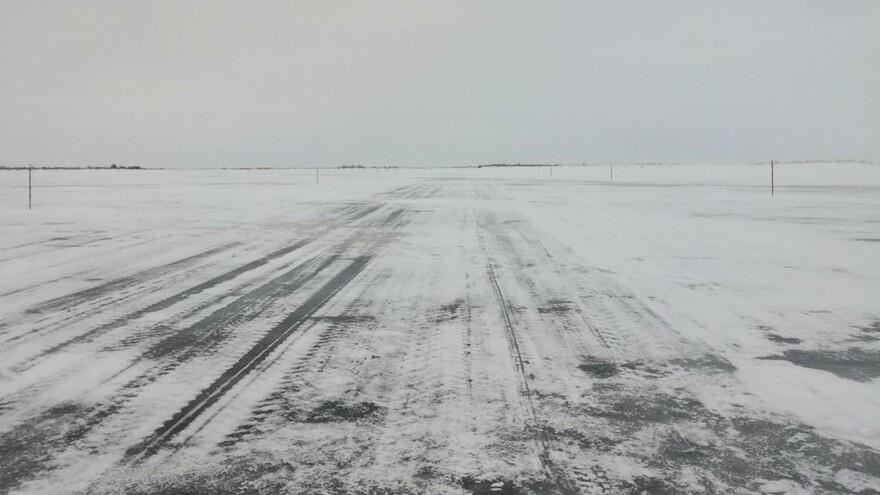 На Ямале из-за непогоды закрыли два зимника