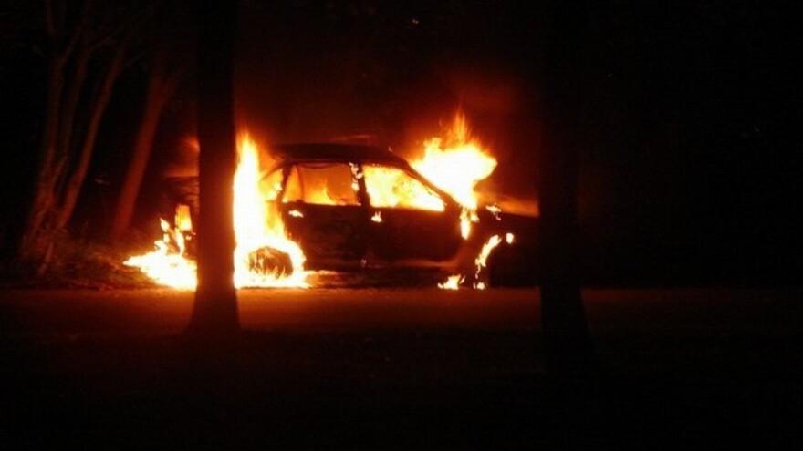 В Салехарде сгорел автомобиль