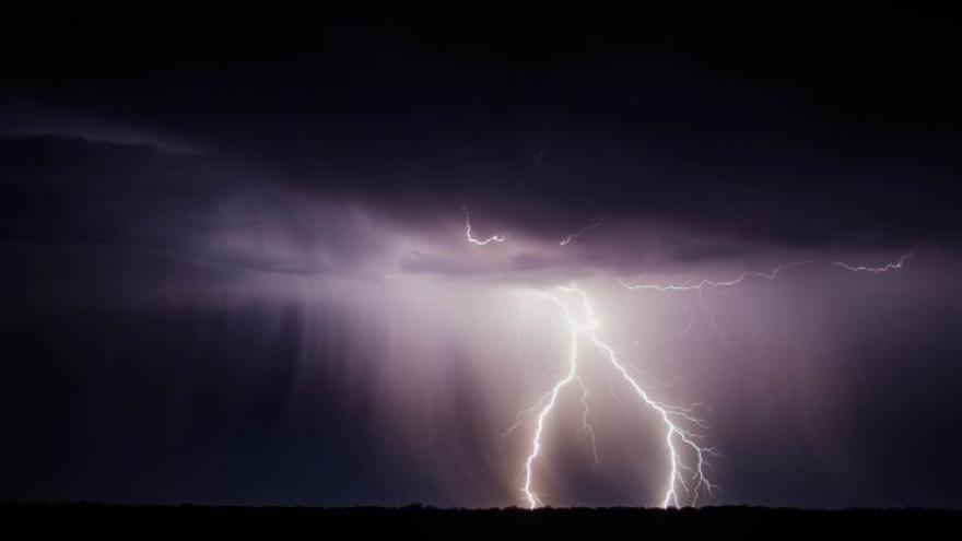 Погода в Салехарде: летняя гроза и дождь