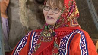 Программа на ненецком языке «Недарма», биография Нины Вэнго