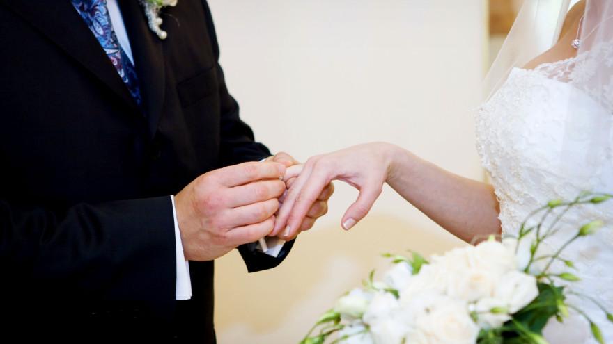Как выйти замуж: 9 верных примет и знаков любви