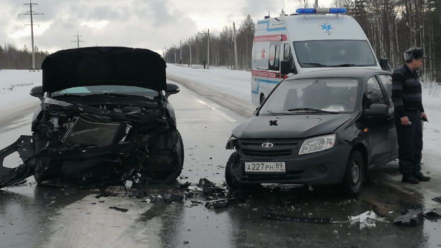 На трассе под Ноябрьском произошло ДТП с двумя пострадавшими